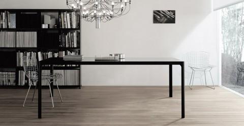 Tisch_Flat